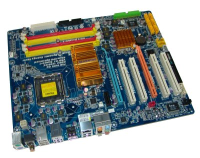 GIGABYTE EP43-DS3R Motherboard Review