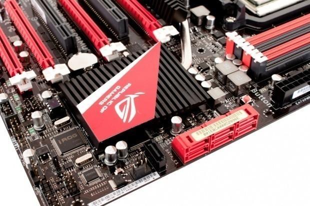 ASUS Crosshair IV Formula (AMD 890FX) Motherboard