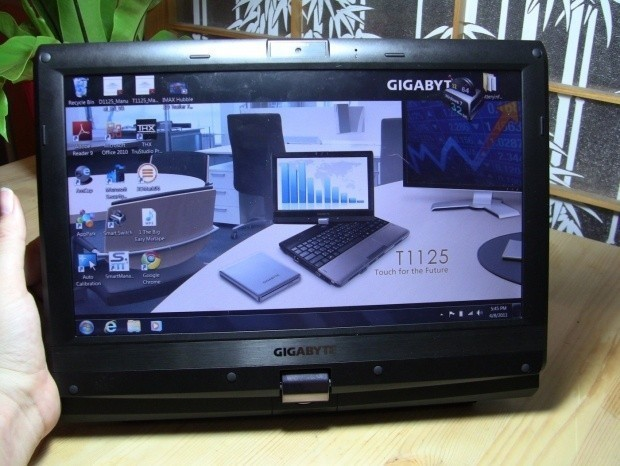gigabyte_t1125n_11_6_inch_tablet_convertible_notebook_unboxing