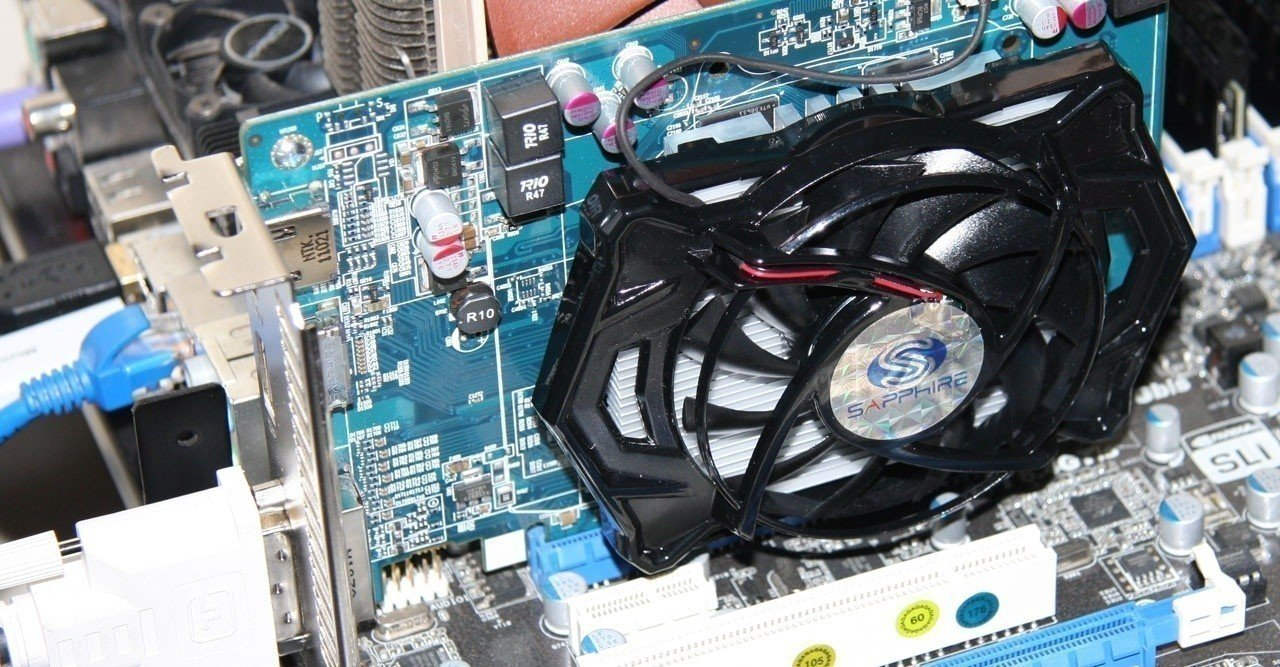 sapphire_radeon_hd_6670_and_hd_6570_video_cards_review