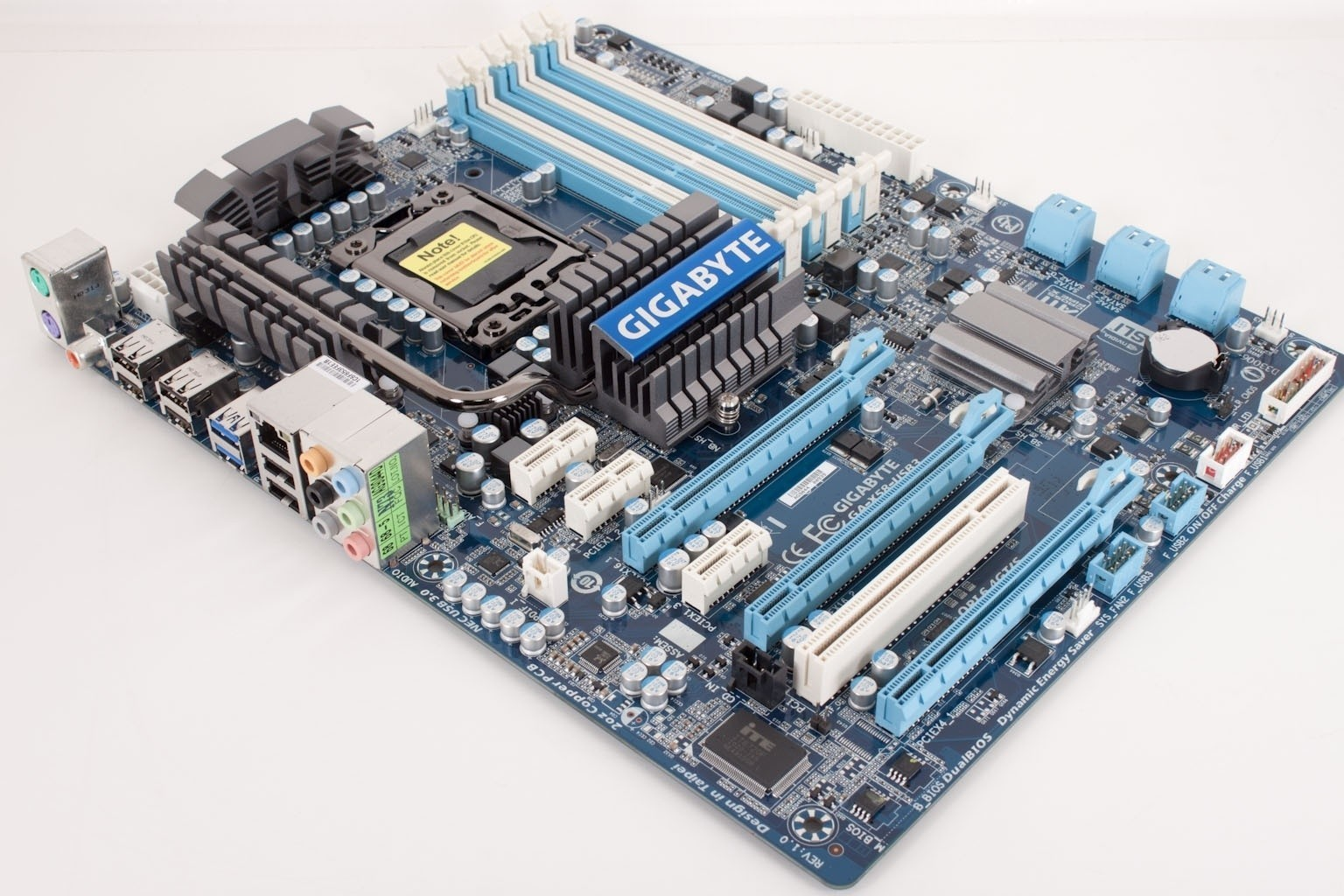 gigabyte_x58_usb3_intel_x58_express_motherboard_review