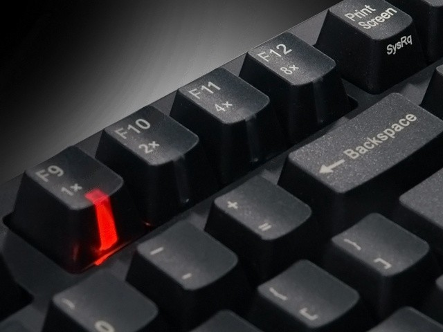 zowie_celeritas_mechanical_gaming_keyboard_review