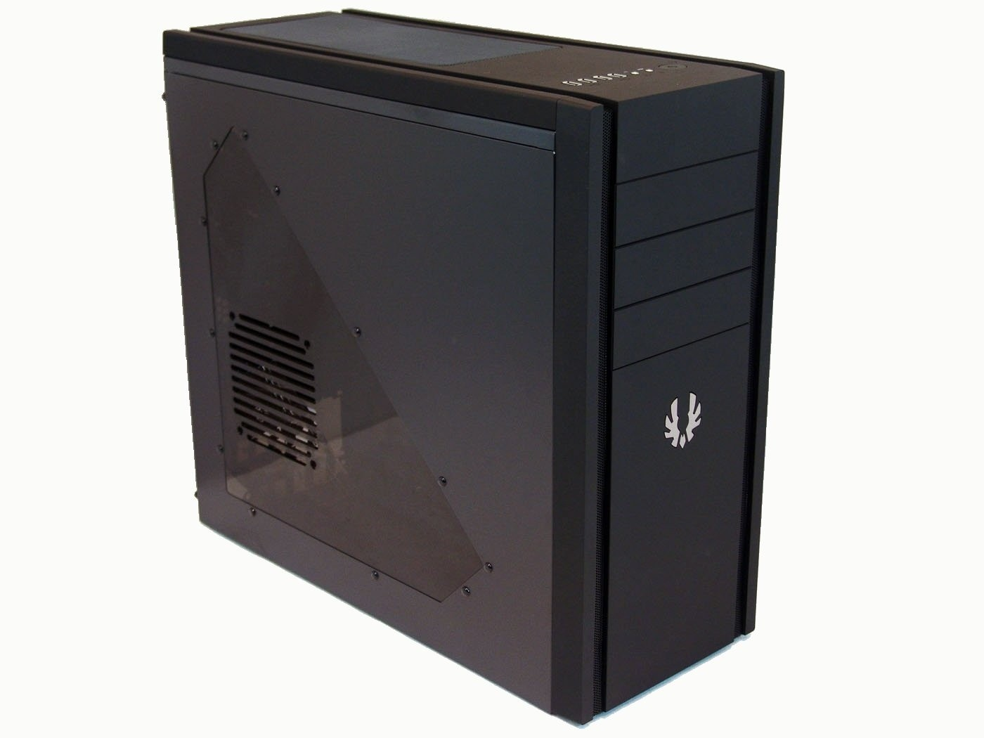 bitfenix_shinobi_window_mid_tower_chassis_review
