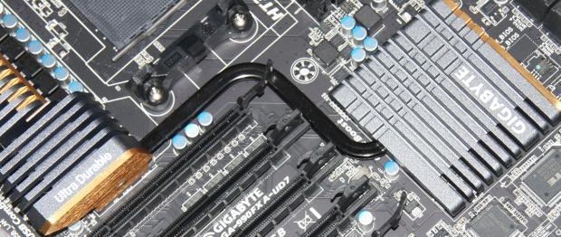 gigabyte_990fxa_ud7_amd_990fx_motherboard_review_02