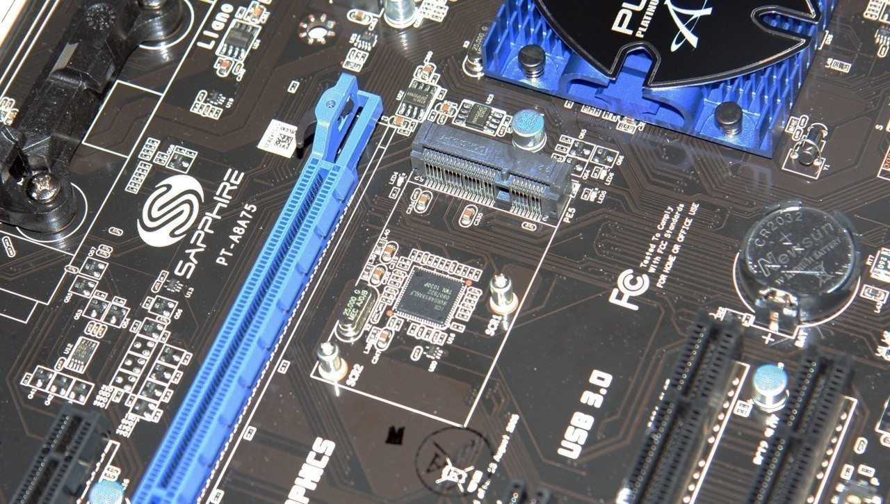 sapphire_pure_platinum_a75_amd_a75_motherboard_review