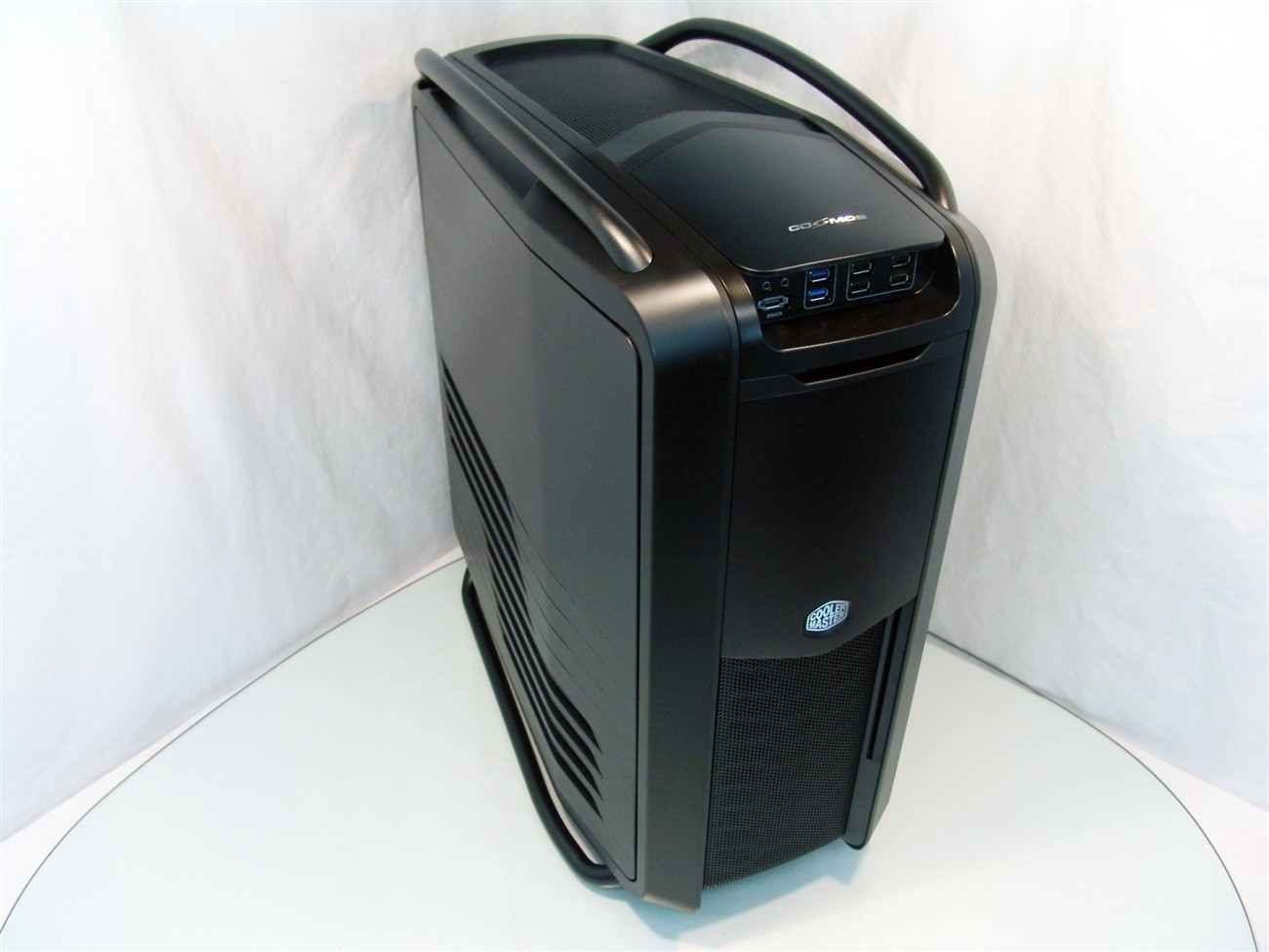 cooler_master_cosmos_ii_ultra_tower_chassis_review