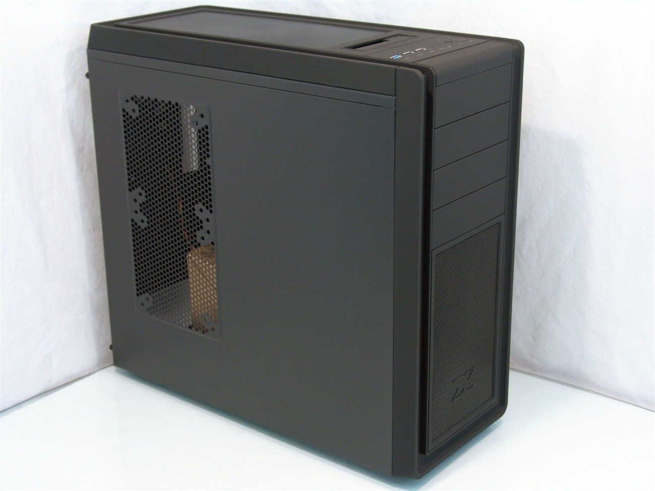 xigmatek_midgard_ii_mid_tower_chassis_review