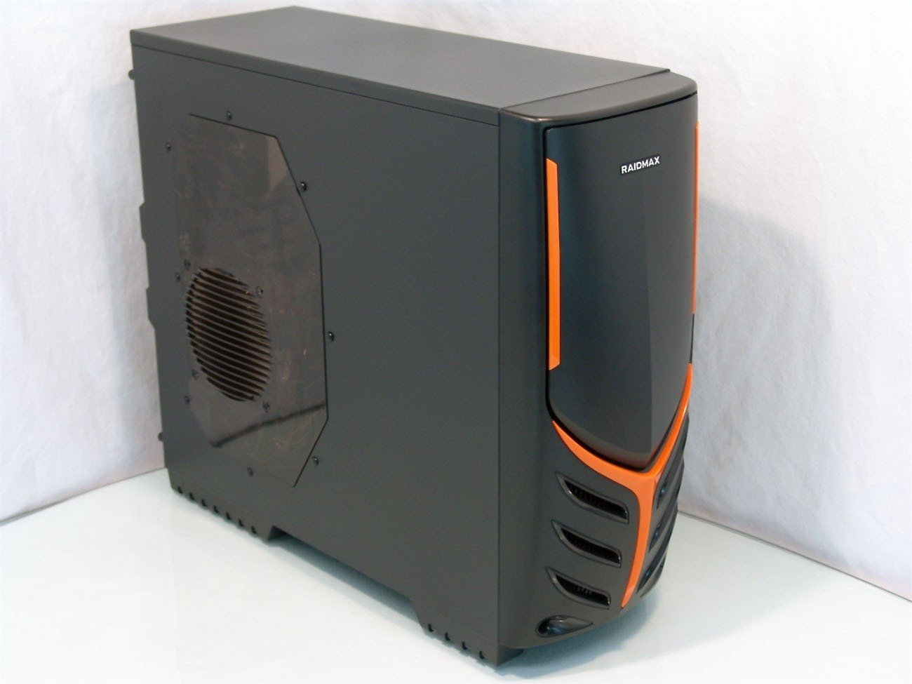 raidmax_viper_mid_tower_chassis_review