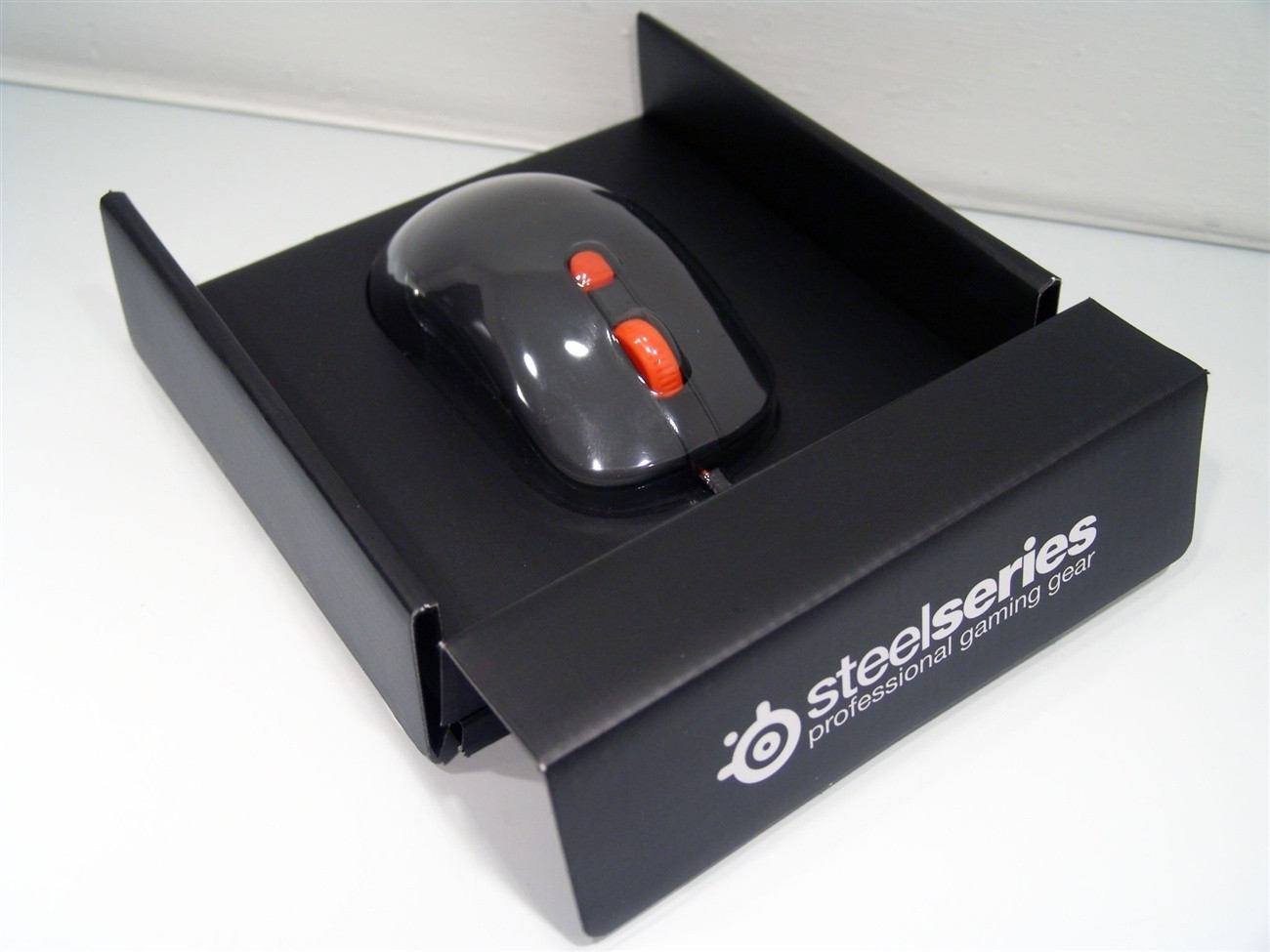steelseries_kana_black_1_1_gaming_mouse_review
