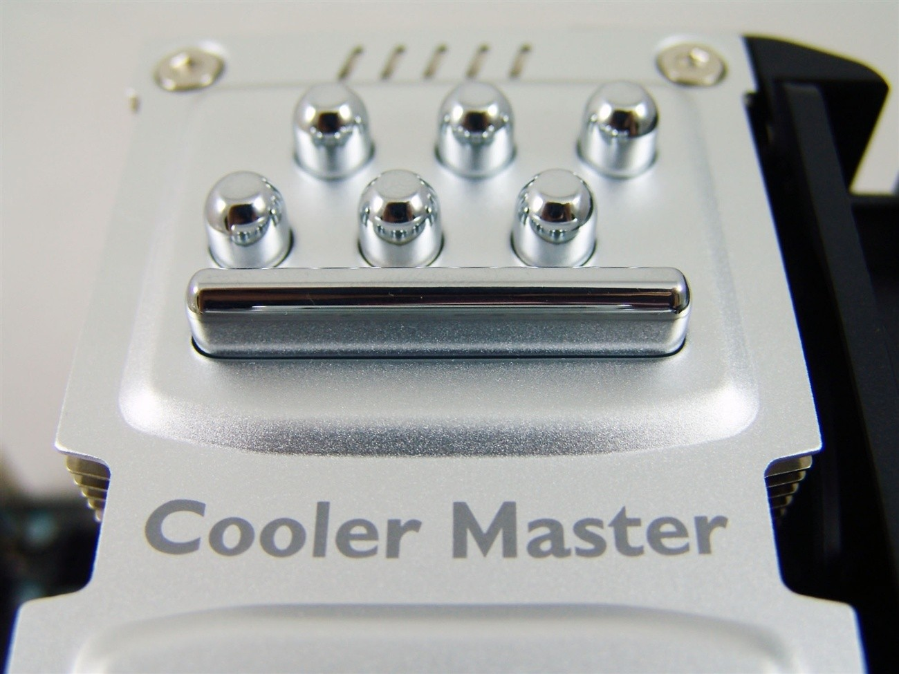 cooler_master_tpc_812_vapor_chamber_cpu_cooler_review