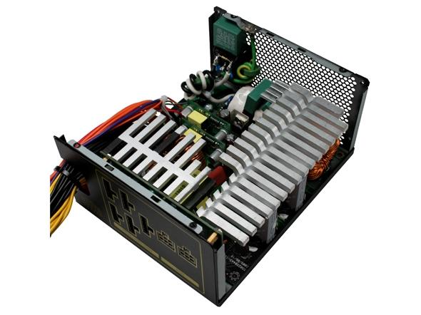 cooler_master_silent_pro_gold_1200_watt_power_supply_review_01