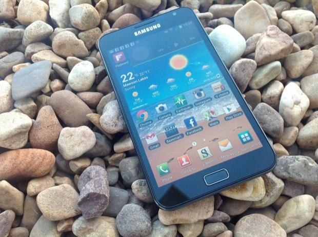 samsung_galaxy_note_smartphone_review_01