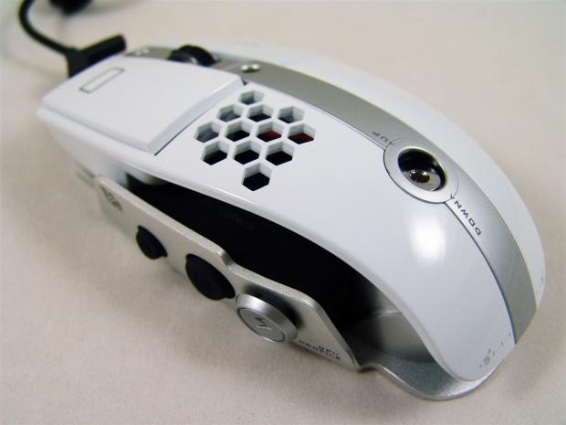 tt_esports_level_10m_gaming_mouse_review