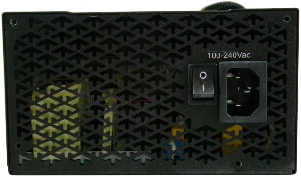needs_images_fsp_aurum_92_pt_650m_650w_80_plus_platinum_power_supply_review