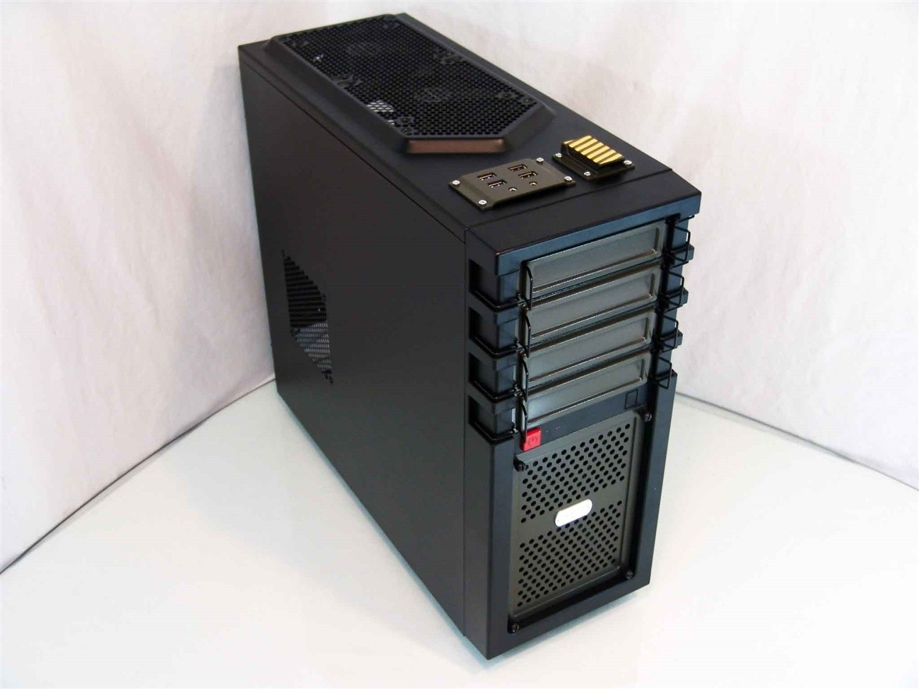 antec_gx700_mid_tower_chassis_review