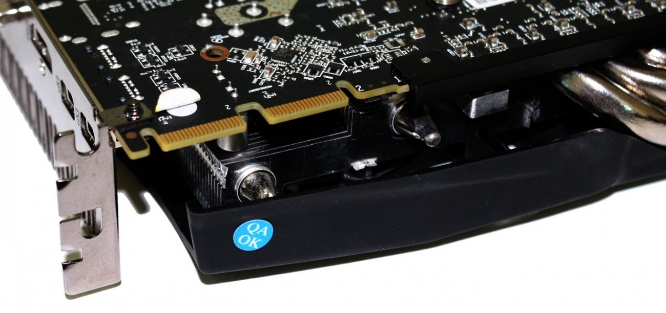 powercolor_radeon_hd_7950_3gb_pcs_overclocked_video_card_review