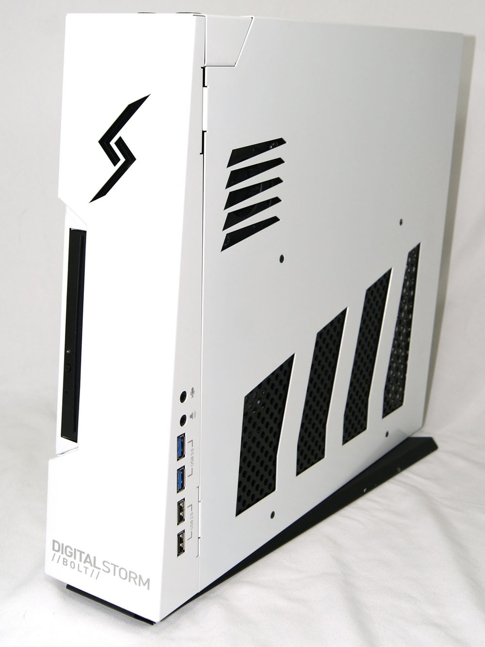 digital_storm_bolt_desktop_gaming_pc_review