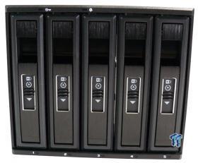 vantec_ezswap_m3500_hdd_storage_rack_review_03