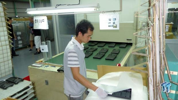 inwin_factory_tour_how_to_make_up_to_one_million_cases_per_month