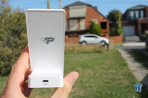 patriot-fuel-ion-magnetic-charging-s4-case-stand-review_03