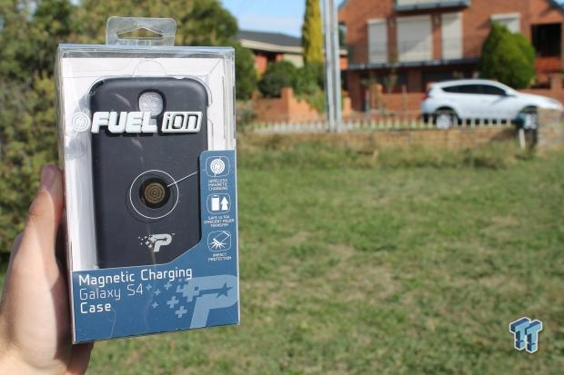 patriot-fuel-ion-magnetic-charging-s4-case-stand-review_04