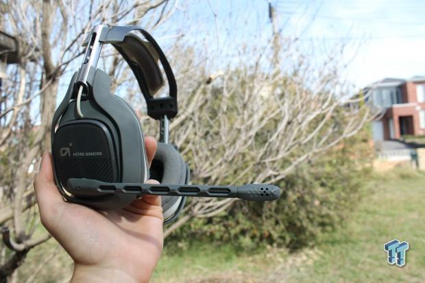 astro-gaming-a40-headset-mixamp-pro-review_02