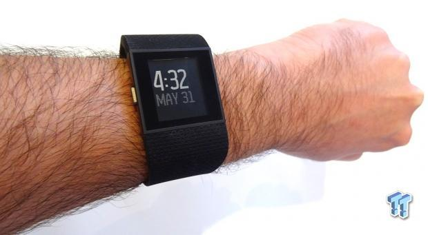 fitbit-surge-gps-fitness-super-watch-review_01