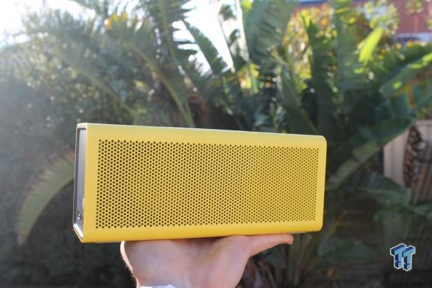 braven-brv-portable-bluetooth-speaker-review_011