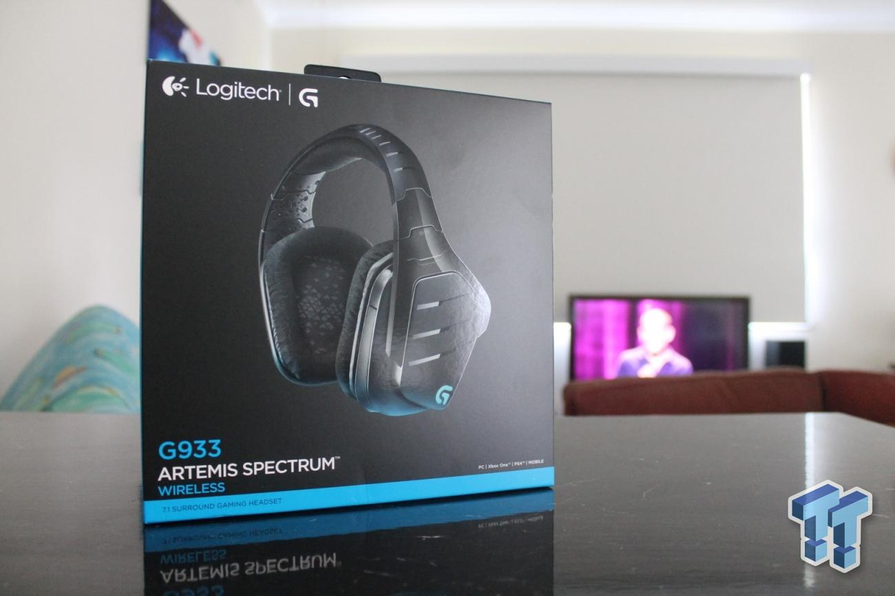 Logitech G933 Artemis Spectrum RGB Wireless Gaming Headset Review