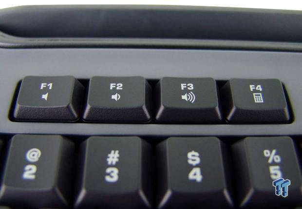 roccat-skeltr-smart-communication-gaming-keyboard-review_14