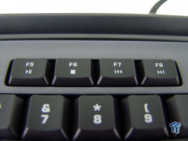 roccat-skeltr-smart-communication-gaming-keyboard-review_15