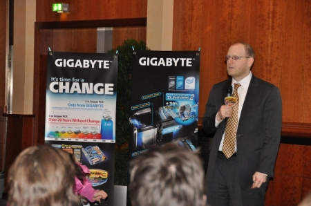 CeBIT '09 GIGABYTE - Intel Joint Press Conference