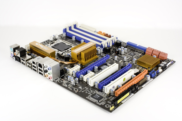 ASRock X58 Extreme Core i7 Motherboard