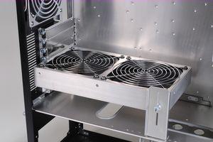 Lian-Li EX-H34 HDD rack mount kit and BS-08 Fan