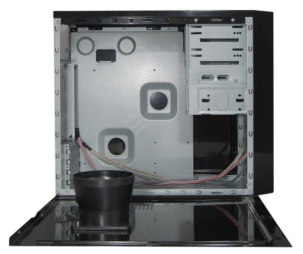 Spire Launches the Simplicity M-ATX Chassis