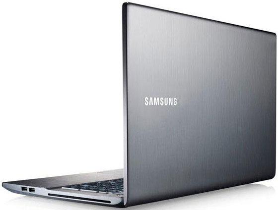 samsung_outs_new_ivy_bridge_powered_17_3_inch_series_7_notebook