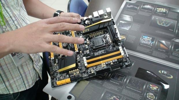 asrock_z77_oc_formula_motherboard_full_video_introduction_by_nick_shih_6