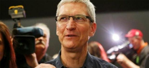 apple_ceo_tim_cook_appologizes_to_customers_for_the_terrible_ios6_maps_app