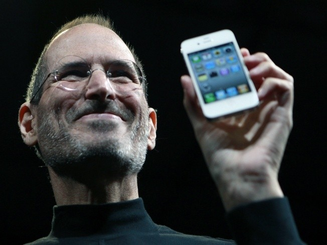 apple_after_losing_a_100_million_ipod_lawsuit_vowed_to_patent_everything_even_held_monthly_patent_meetings