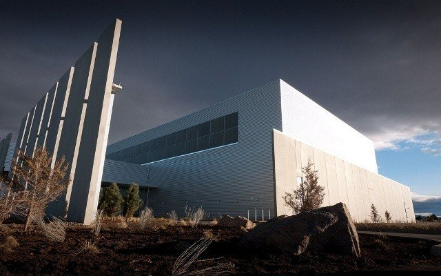 apple_s_new_oregon_based_data_center_begins_construction
