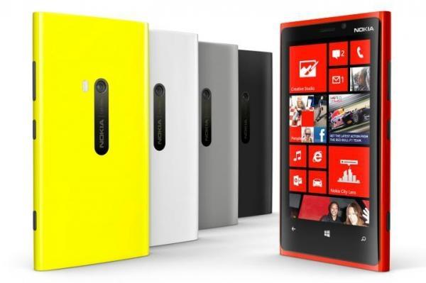 the_first_windows_phone_8_powered_smartphone_reach_best_buy_cheaper_than_the_iphone_and_galaxy_s_iii
