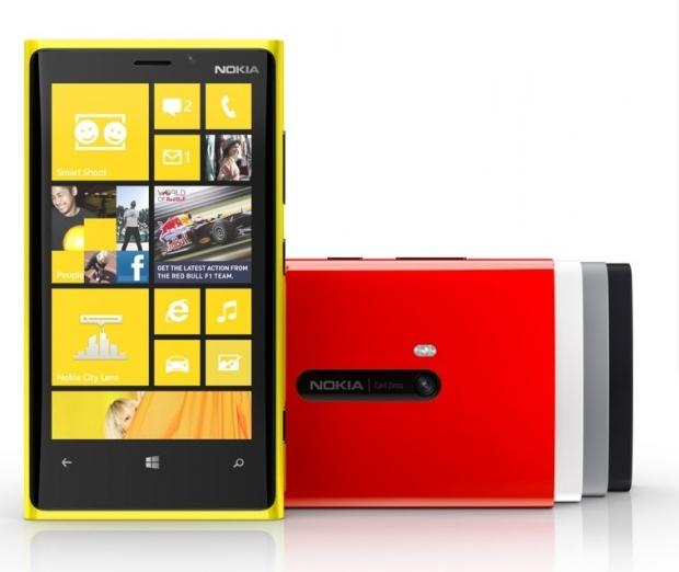 nokia_lumia_920_820_get_software_update_from_nokia_microsoft_said_to_increase_battery_life