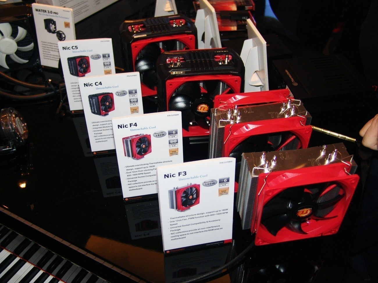 a_look_at_thermaltake_s_new_cooling_products_at_ces_2013