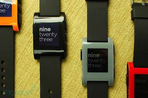 pebble_smart_watch_to_begin_shipping_by_the_end_of_january