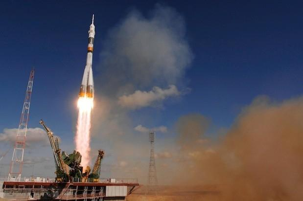 nasa_extends_iss_crew_transportation_contract_with_russians_says_domestic_flights_not_likely_until_2017