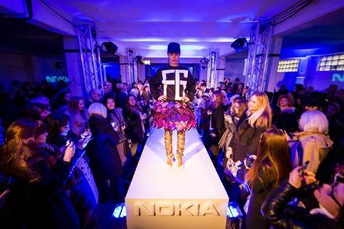 check_out_the_high_fashion_skirt_made_of_nokia_lumia_1520_smartphones_01