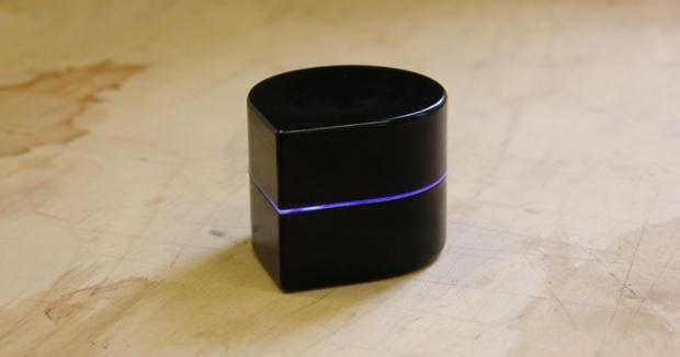 zuta_labs_pocket_printer_is_a_small_mobile_robotic_printer_04