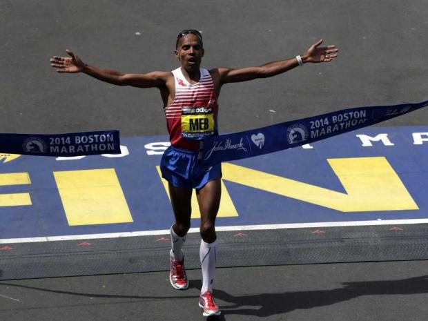 meb_keflezighi_is_first_american_to_win_boston_marathon_in_31_years_01