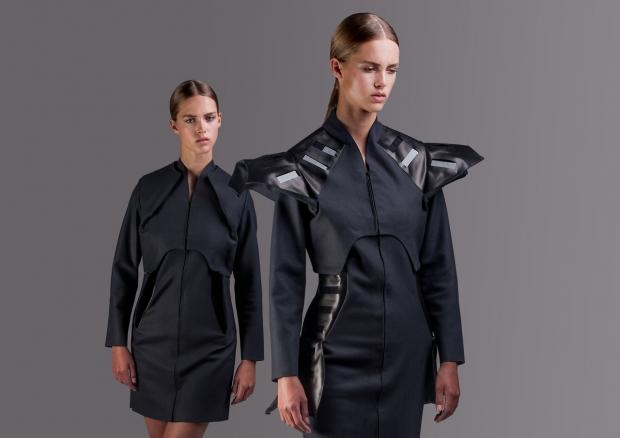 want_to_charge_your_smartphone_on_the_go_wear_a_solar_powered_dress_04