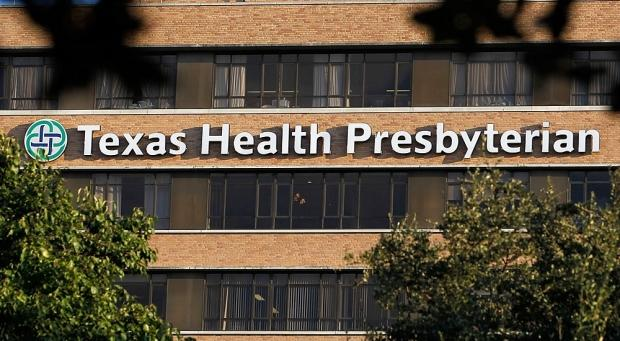 united_states_ebola_net_widens_as_victim_contact_traced_01